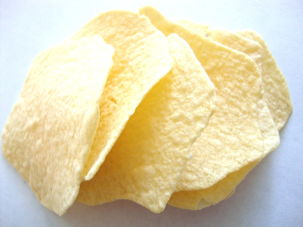 how to make potato crisps in the oven