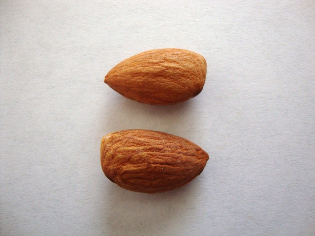 Click to Buy Blue Diamond Whole Natural Almonds