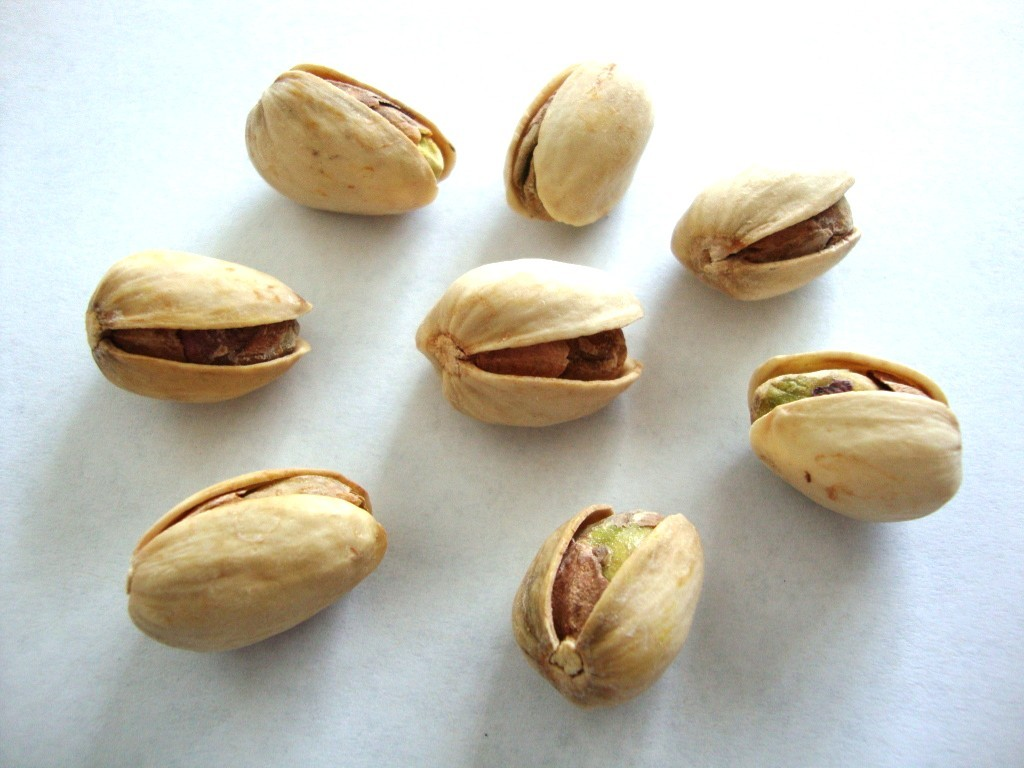 Click to Buy Planters Dry Roasted Pistachios