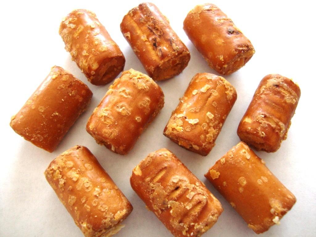 Click to Buy Combos Cheddar Cheese Pretzel