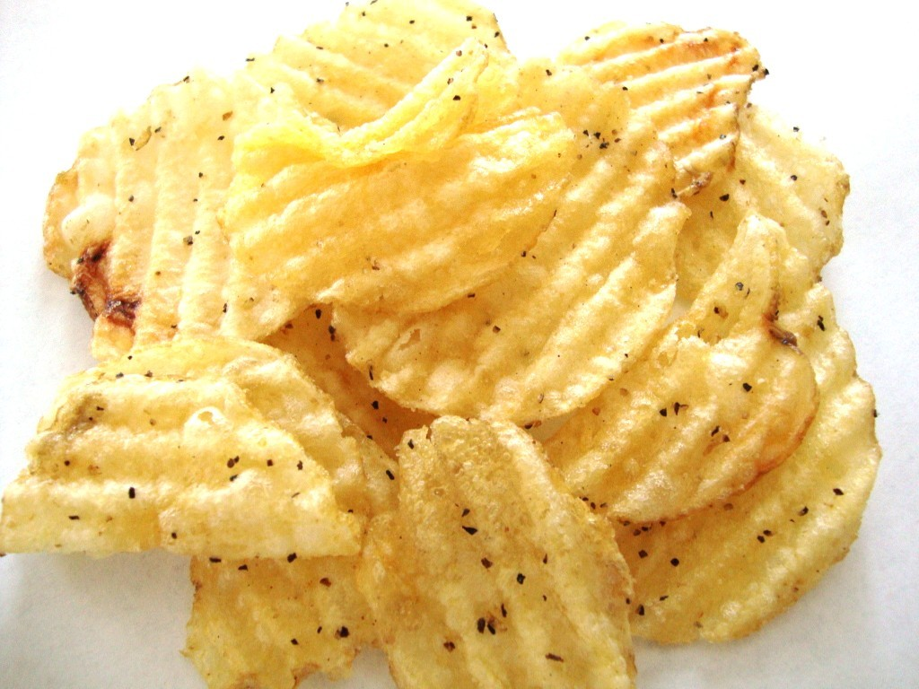Click to Buy Kettle Krinkle Cut Chips, Salt & Fresh Ground Pepper
