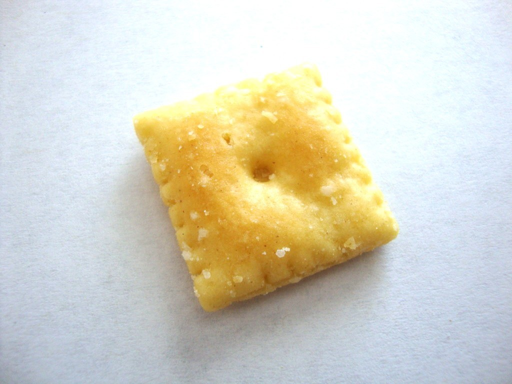 Cheez It White Cheddar Baked Snack Crackers Snackeroo