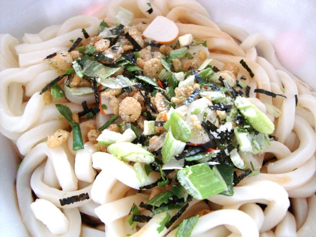 Nongshim Japanese Style Udon Noodle Bowl