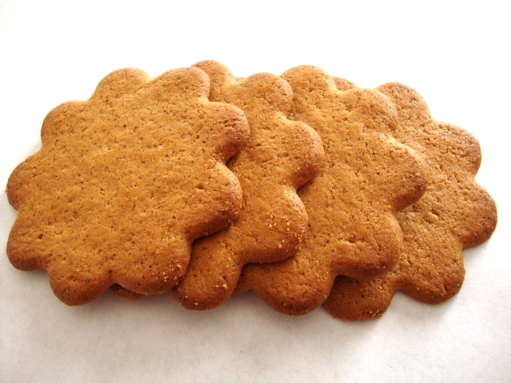 Click to Buy Annas Ginger Swedish Thins