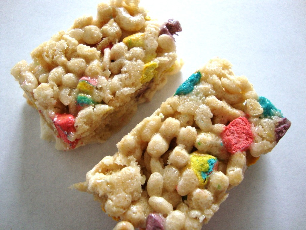 Click to Buy Lucky Charms Treats