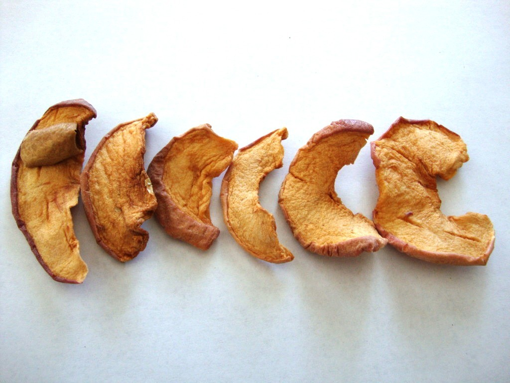 Click to Buy Bare Fruit Cinnamon Apple Chips