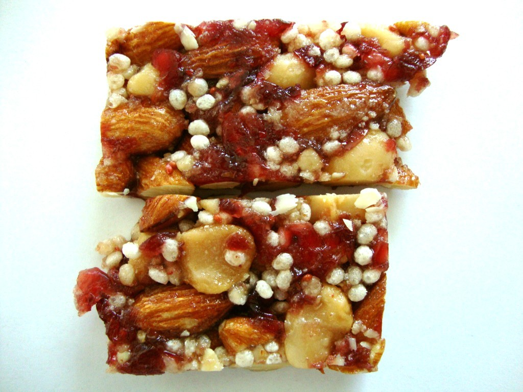 Click to Buy KIND Plus Bars, Cranberry Almond + Antioxidants