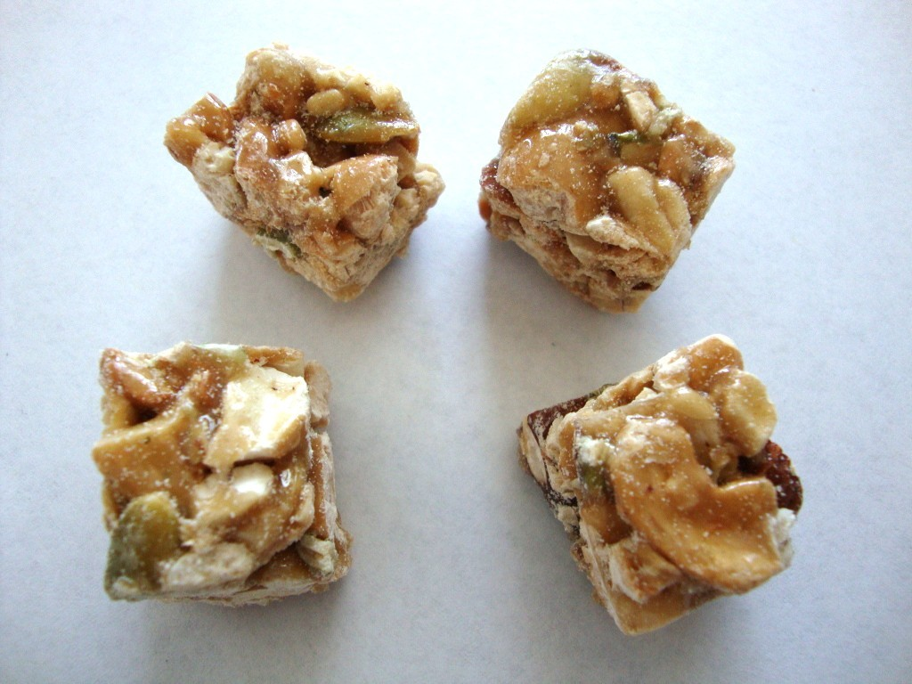 Kirkland Signature Cashew Clusters with Almonds and Pumpkin Seeds