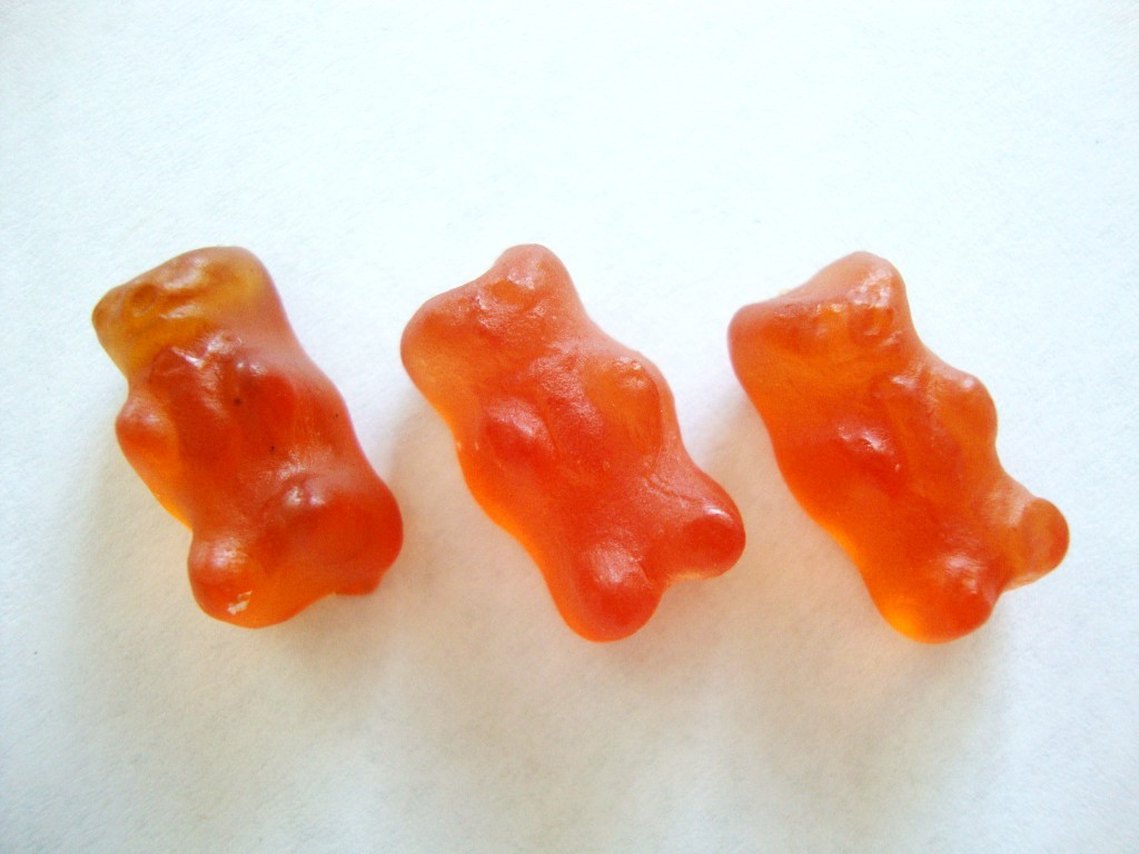 Click to Buy YumEarth Naturals Gummy Bears