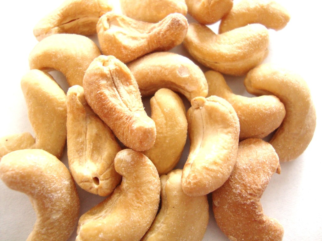 Woodstock Farms Dry Roasted & Salted Organic Cashews