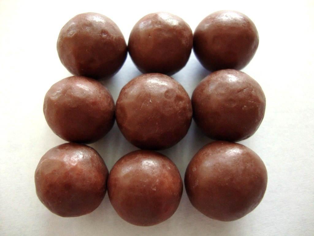 WHOPPERS Milk Chocolate Malted Milk Balls