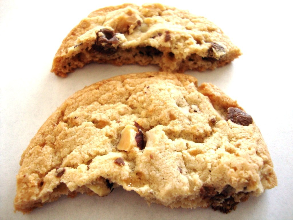 Click to Buy Pepperidge Farm Lexington Milk Chocolate Toffee Almond Crispy Cookies