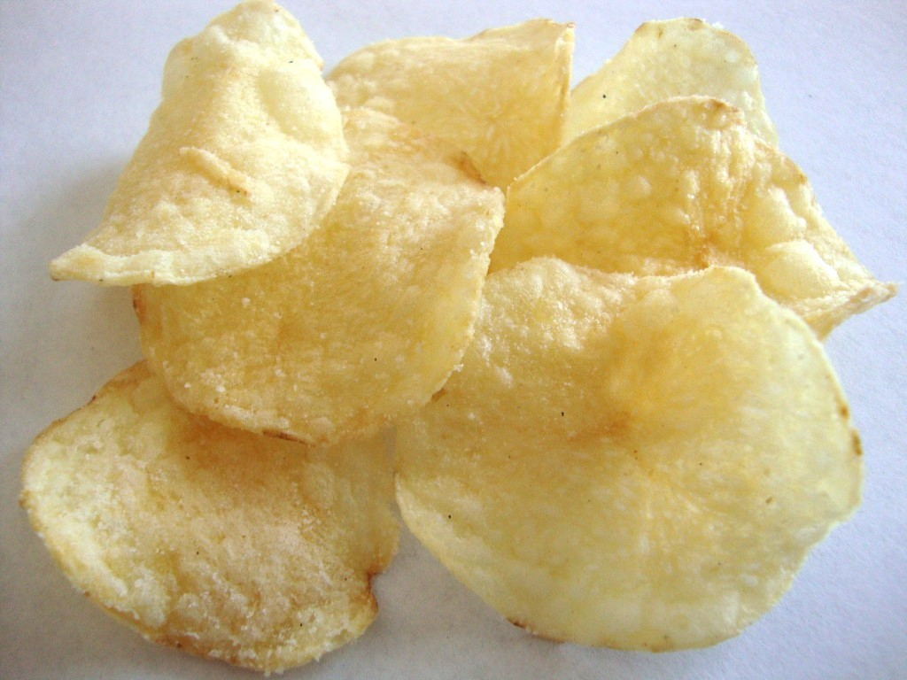Click to Buy Lay's Kettle Cooked 40% Less Fat Sea Salt & Vinegar Potato Chips