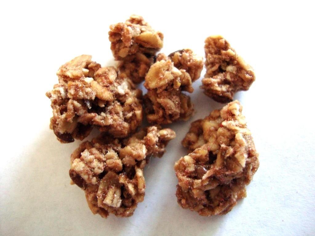 Nature's Path Love Crunch Dark Chocolate & Red Berries Premium Organic Granola