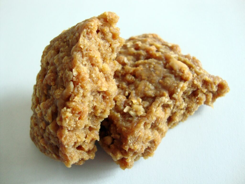 Click to Buy CLIF BAR, Crunchy Peanut Butter