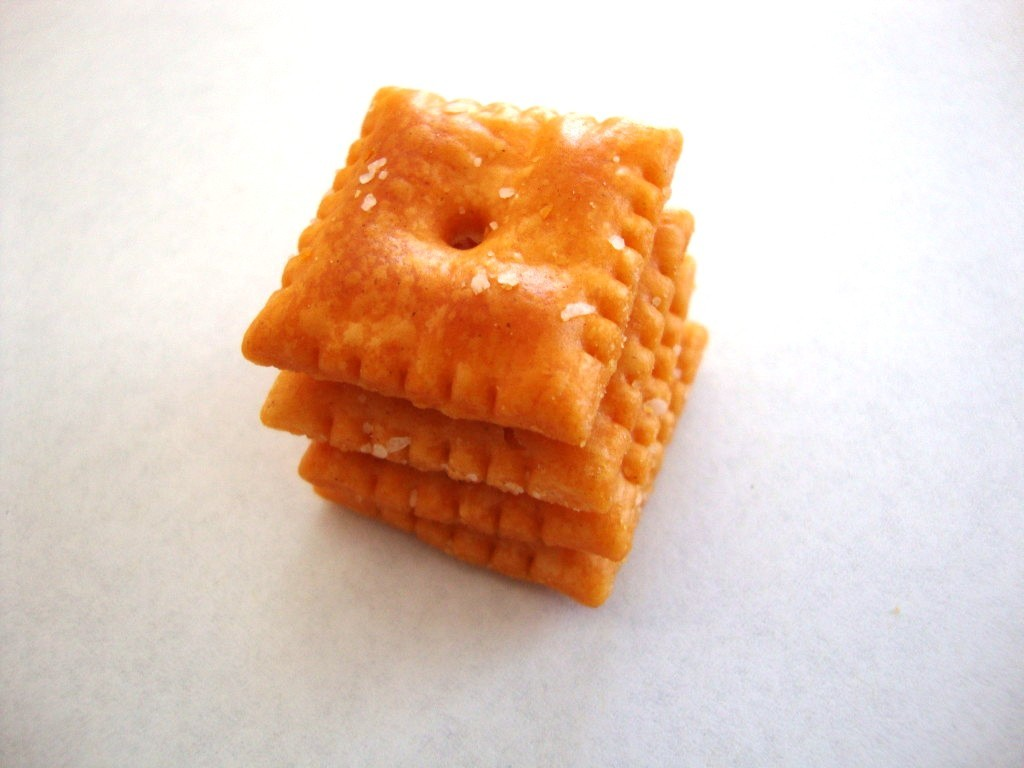 Click to Buy Cheez-It Baked Snack Crackers